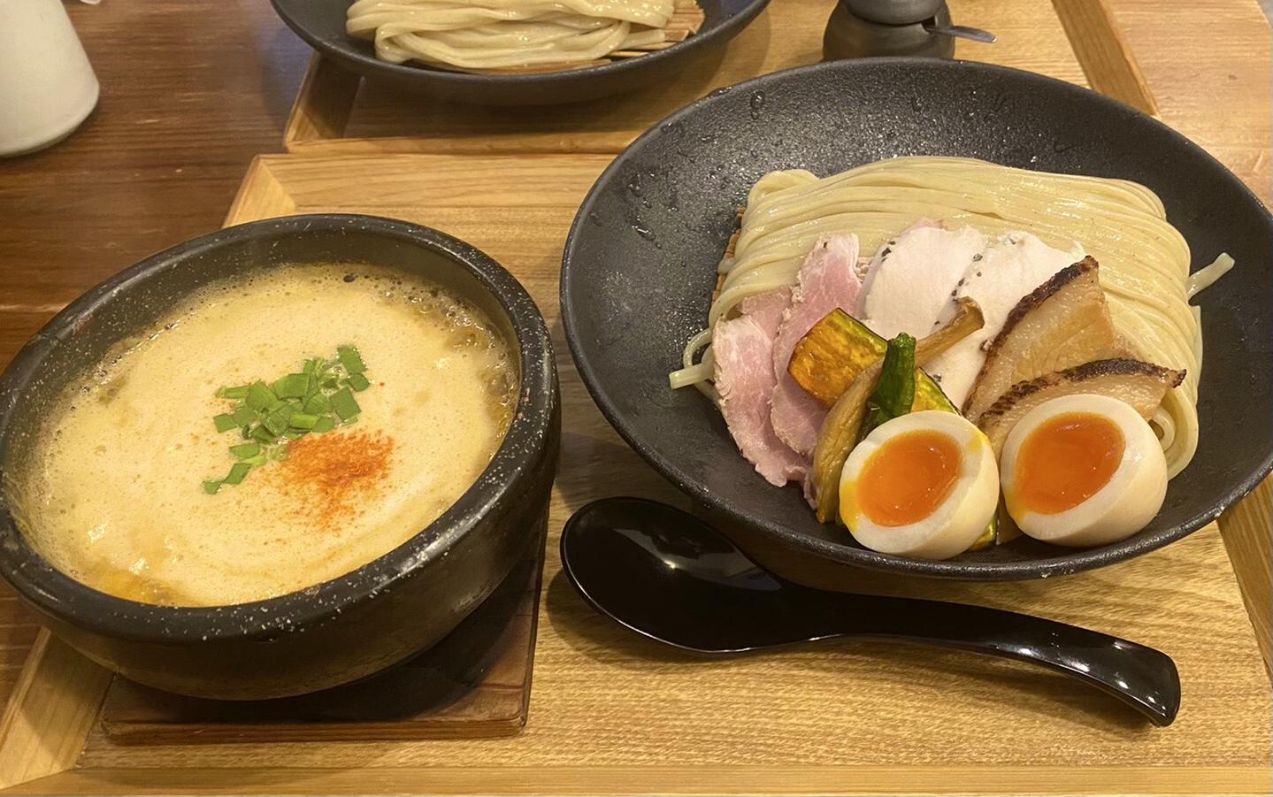 台湾つけ麺 全のせ